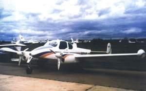 Фото самолёта L-200D
